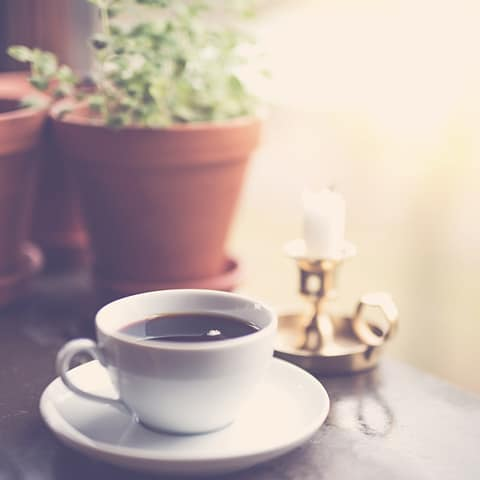 Does coffee affect meditation or not?